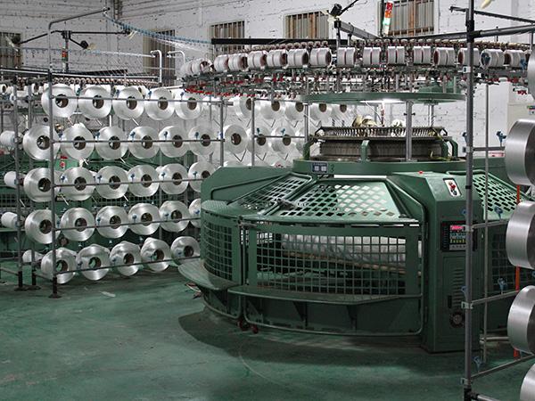泛馨纺织-原机纬编织造